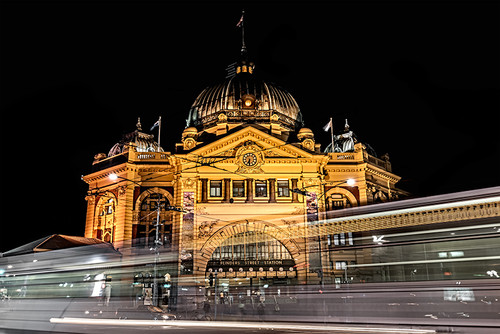 Photography | Flinders Street Station | Nick Psomiadis