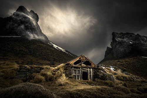 Photography | Viking Hideaway | Nick Psomiadis