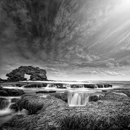 Photography  | Keyhole Rock Blairgowrie Ocean Beach | Nick Psomiadis