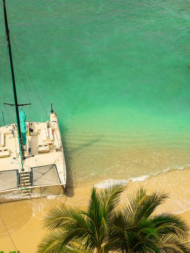 Photography | Waikiki Beach |  by Nick Psomiadis