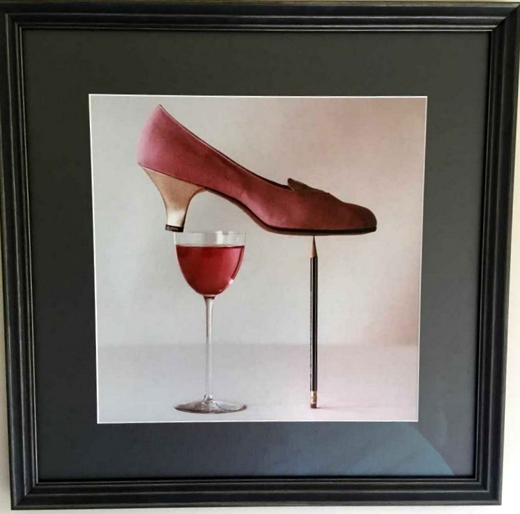 wine-and-shoe.jpg
