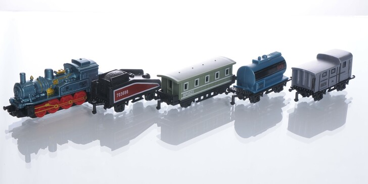 5 Piece Pull Back Train Set