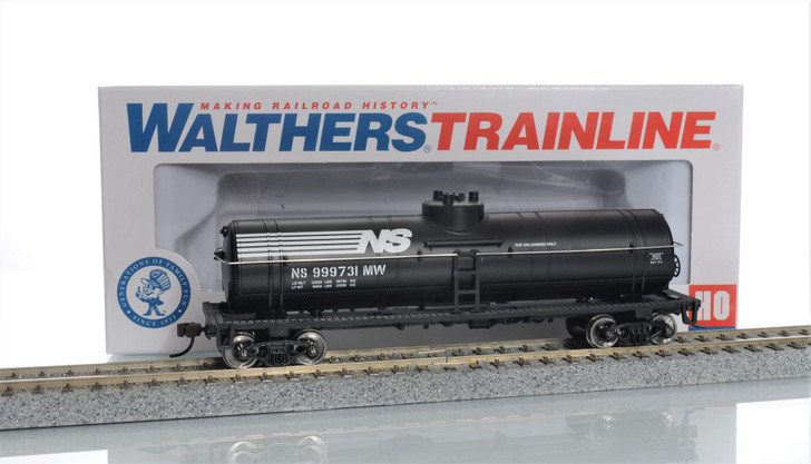 Walthers Trainline HO Scale Norfolk Southern Tank Car