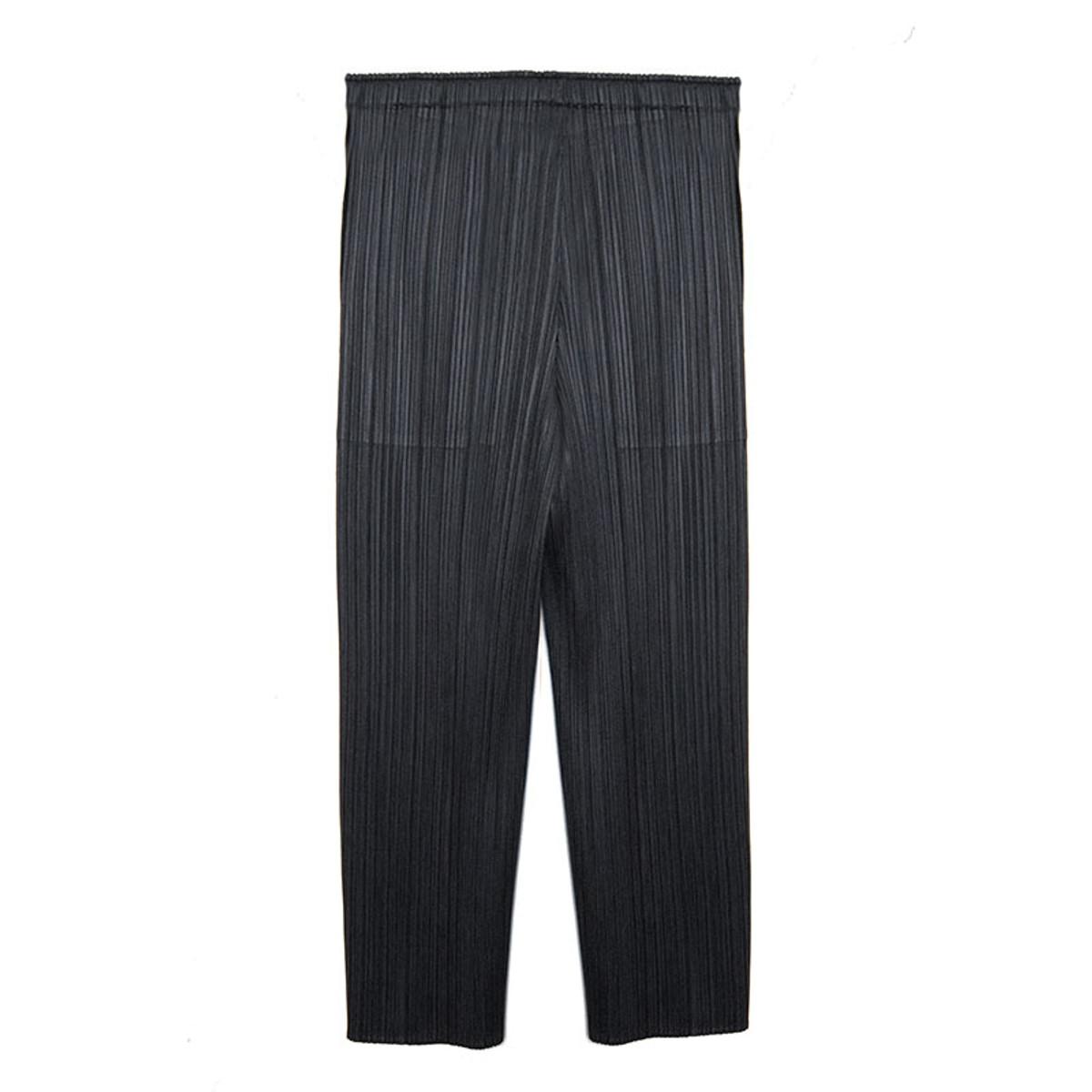 fe6ca82b8ef0 Pleats Please Issey Miyake Pleated Cropped Pants