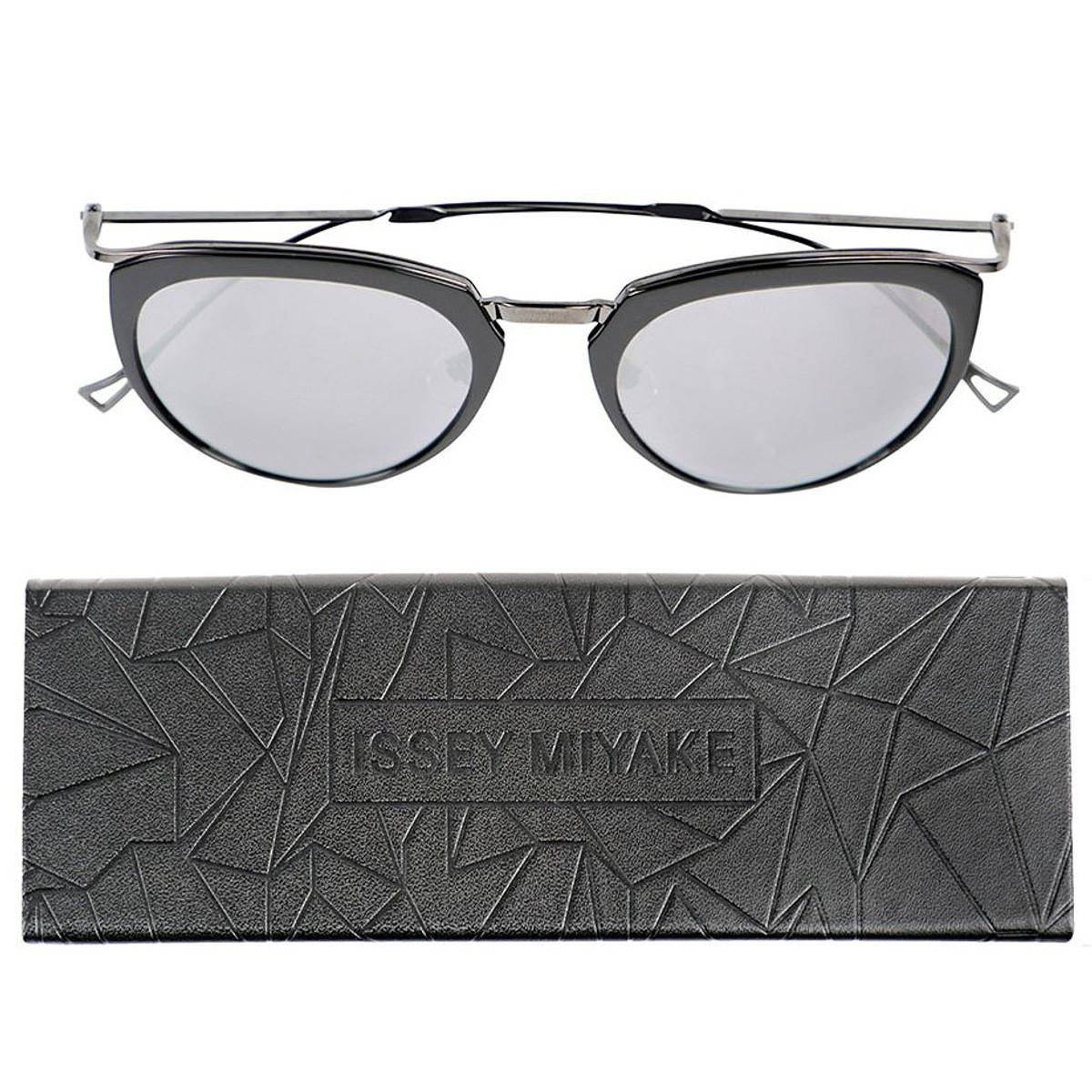 fcf877bef927 Issey Miyake Eyes Boston Sunglasses