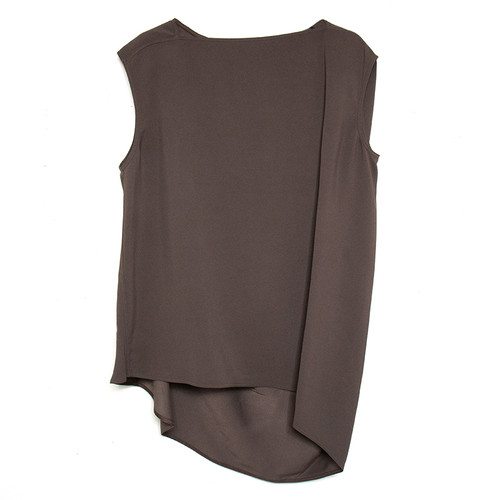 Nouveau Sleeveless Top in Raisin
