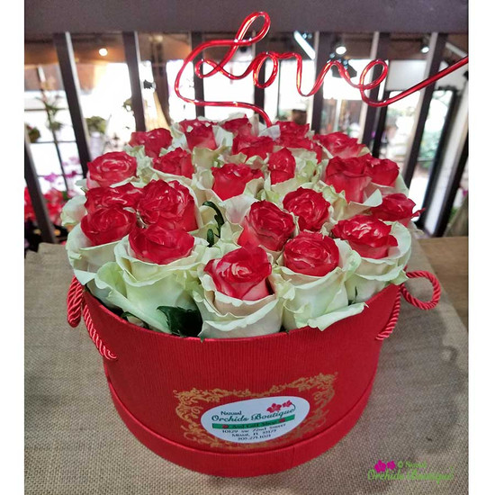 Valentines Red Roses in a Box