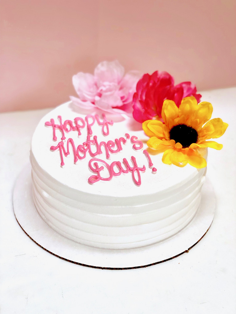 Oh Darling Mother's Day Cake