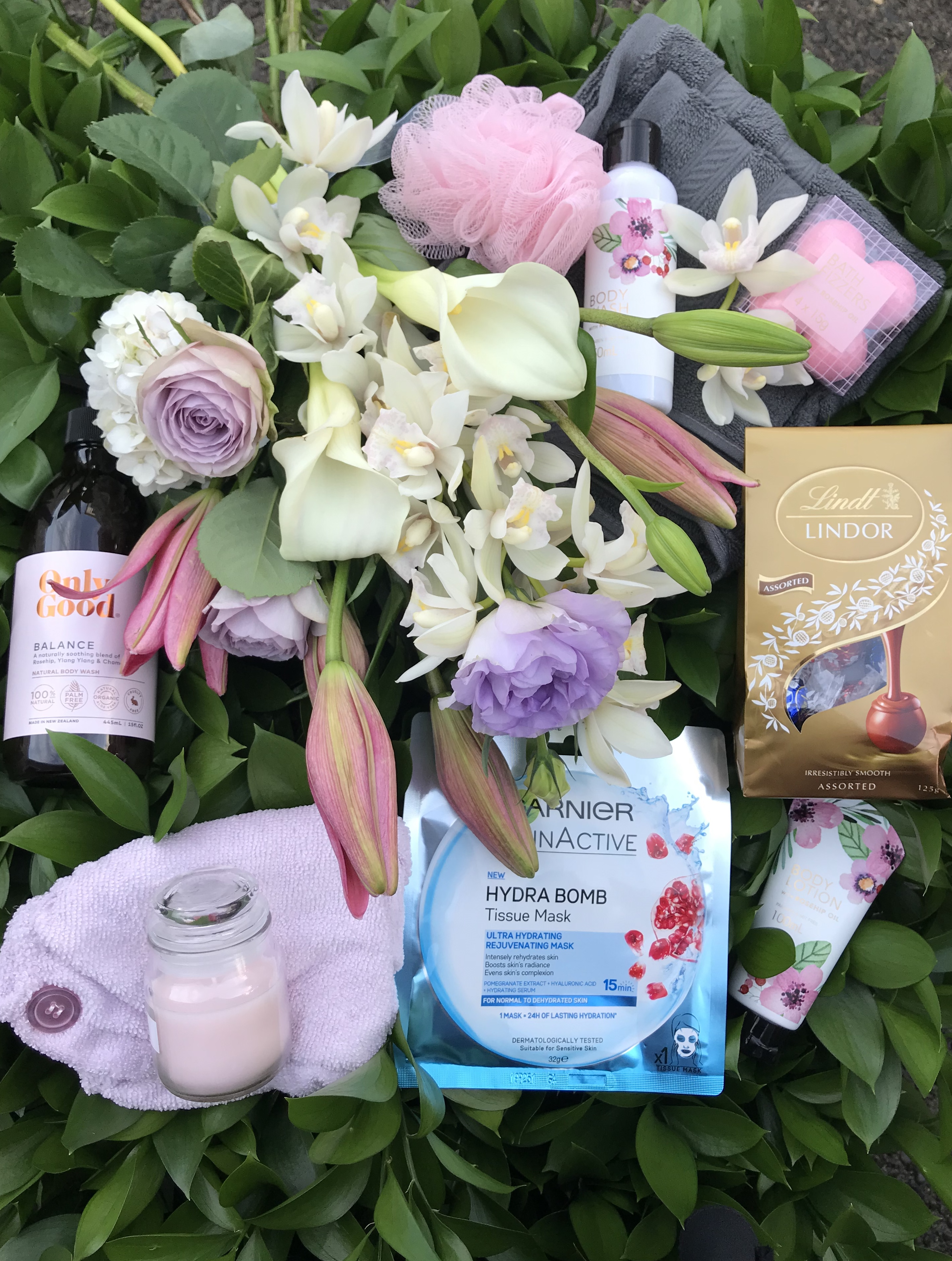 Deluxe pamper posy gift pack