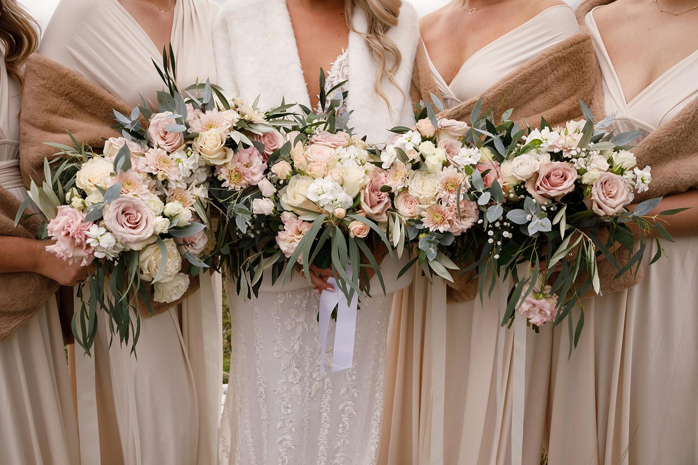 weddingflowerslowerhutt.jpg