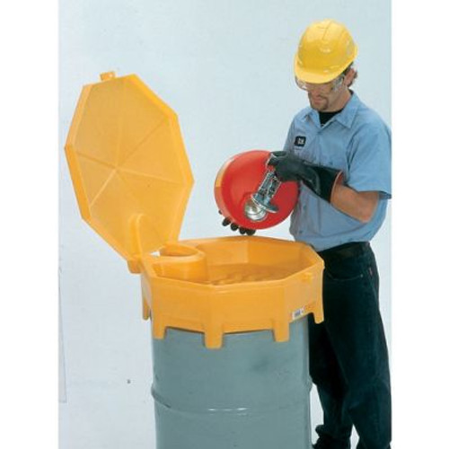 UltraTech 0499 Global Funnel With spout and Hinged Cover. Shop now!