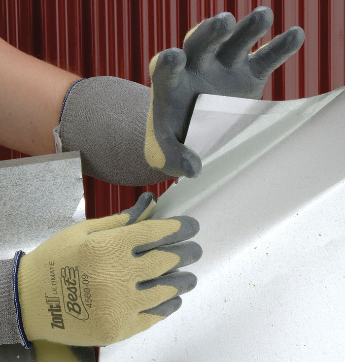 Get your very own coated gloves to keep your hands protected from heavy-duty and industrial work. Save up to 35% now!