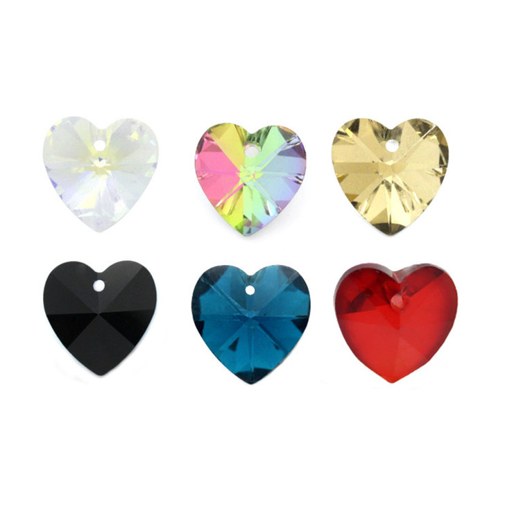 Crystal Glass Faceted Heart Charm 5pk