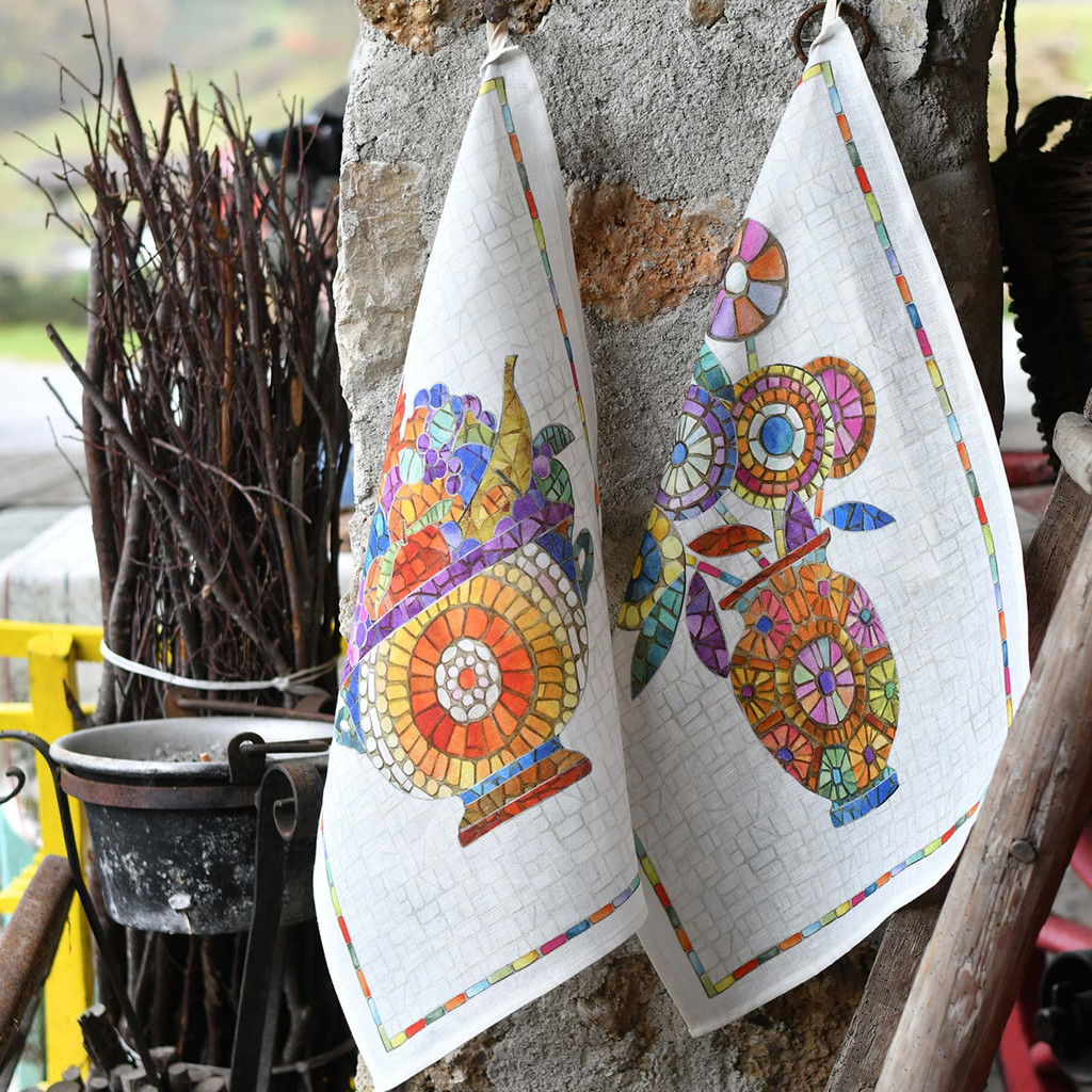 'Monreale Vaso' Sicilian Vase Kitchen Towel