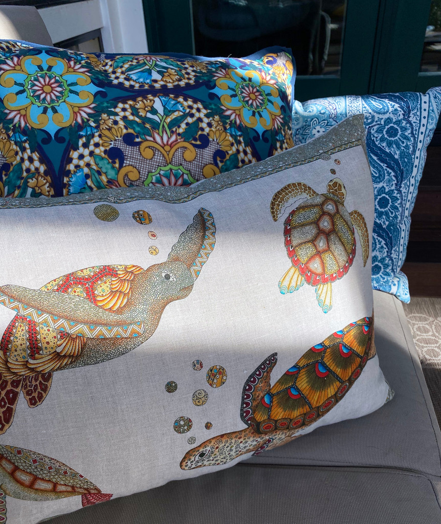 Sea Turtles Throw Pillow Cover