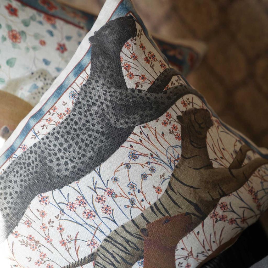 'Roar' Big Cats Throw Pillow Cover