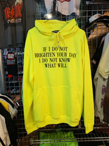 A HOODIE TO BRIGHTEN YOUR DAY IN YELLOW NEON