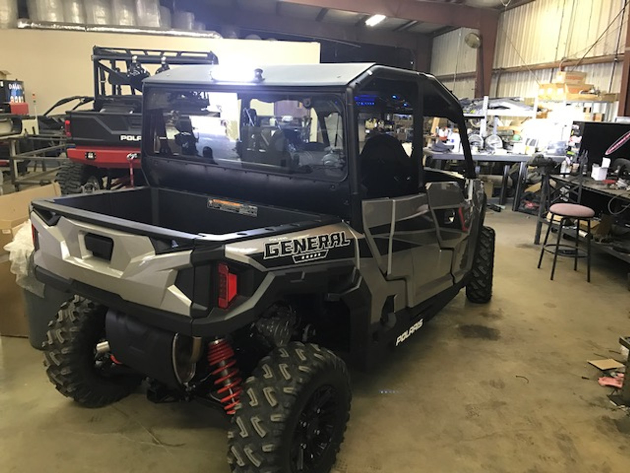 Polaris General 4 Fully Loaded Roof