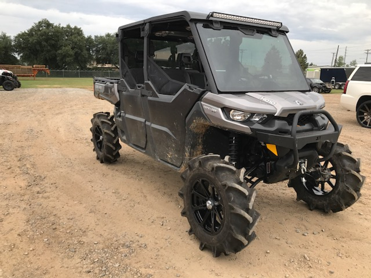 Can Am Defender Crew Fully Loaded Roof Option 2