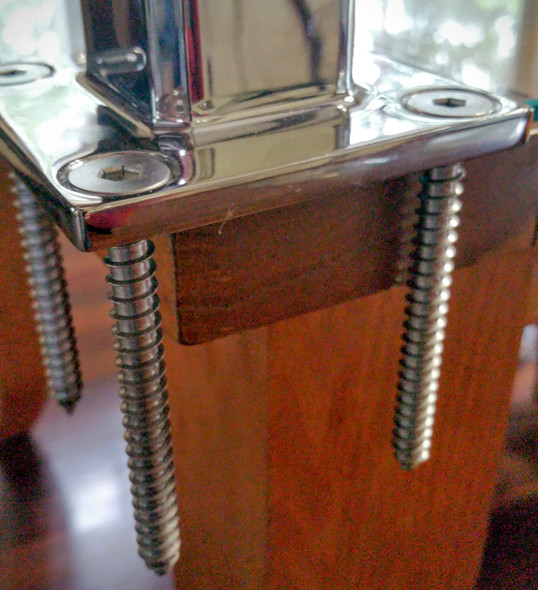 Countersunk Wood Screws for Stainless steel glass spigots.