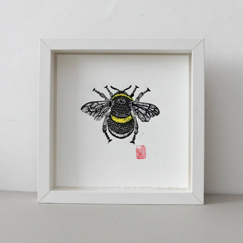 Bee Lino Print