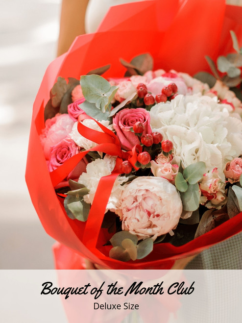 Love in Flower Bouquet of the Month - Deluxe Size