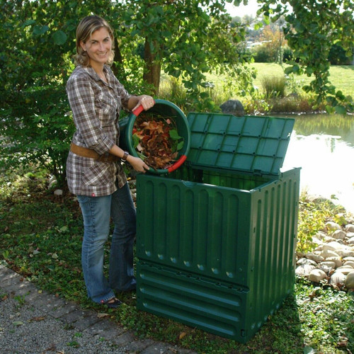 FastFurnishings Outdoor Composting 110-Gallon Composter Recycle Plastic Compost Bin - Green