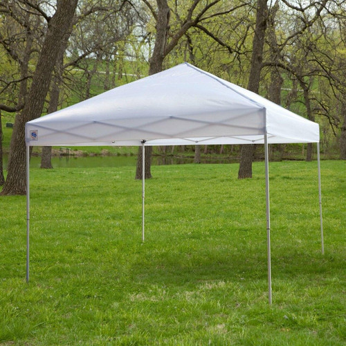 FastFurnishings White 10-Ft x 10-Ft Outdoor Canopy Tent Gazebo with Steel Frame and Carry Bag