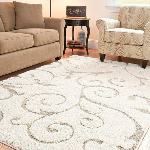 FastFurnishings Hand-woven Ultimate Cream/ Beige Shag Rug 53 x 76