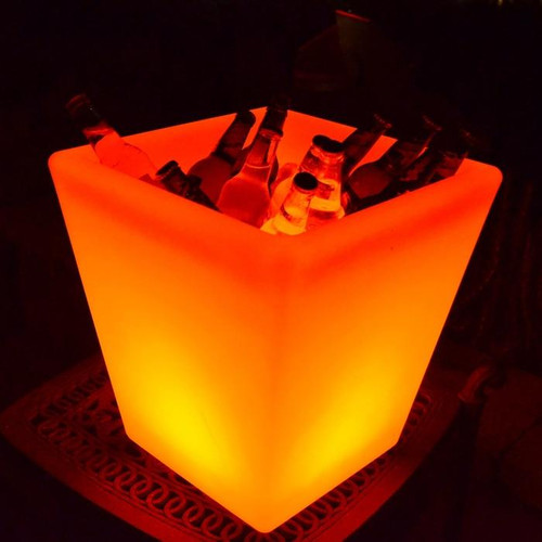 Main Access Illuminate Your Life The Fiji LED Square Planter