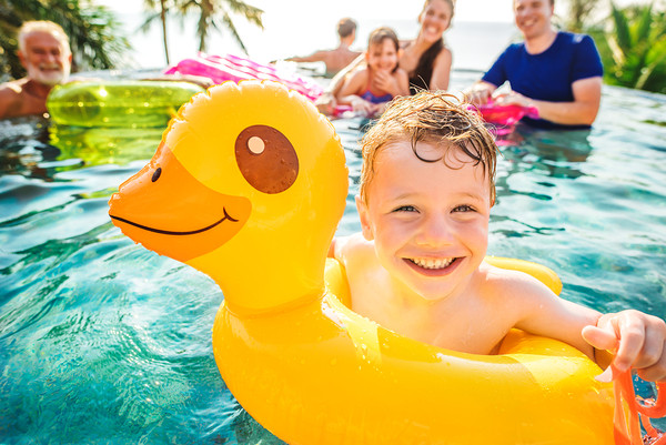 Which Above Ground Pool is Best for My Family?