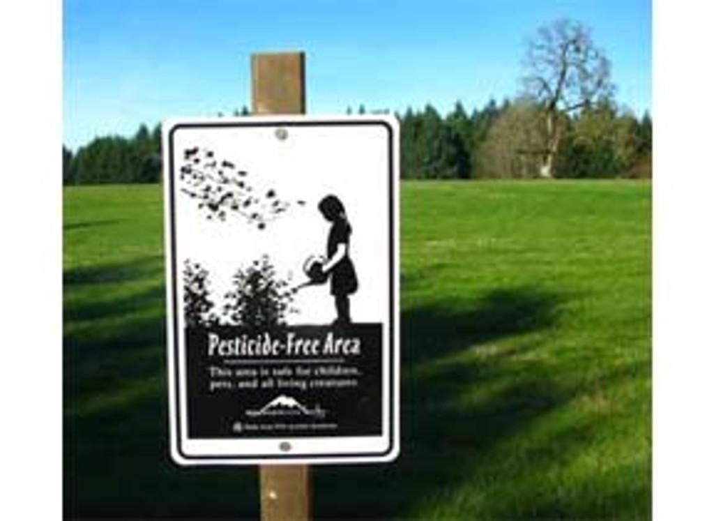 Garden Sign: Pesticide Free Area