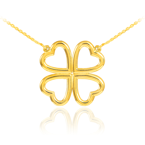 Four-leaf clover necklace in gold.