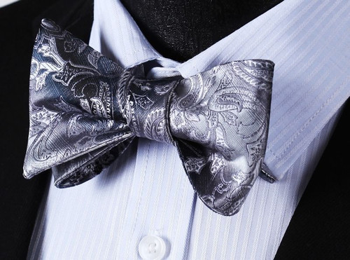 Grey with silver paisley pattern bow tie set.