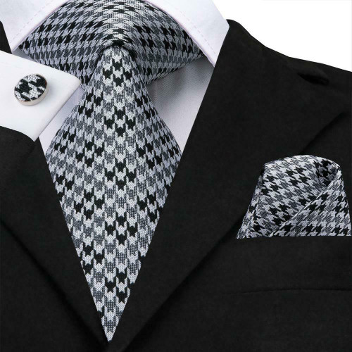 Silver gray and black houndstooth pattern