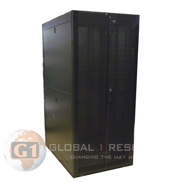 APC AR3140 SX Netshelter Server Rack - 42U