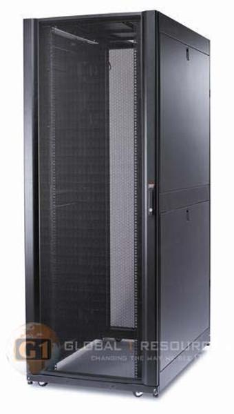 APC AR3355 SX Netshelter Server Rack - 45U