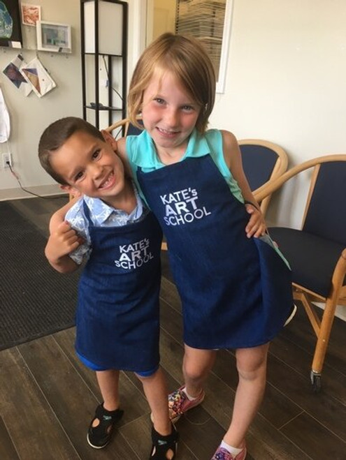 Adjustable Small Apron (easily fits 5-8 year old)