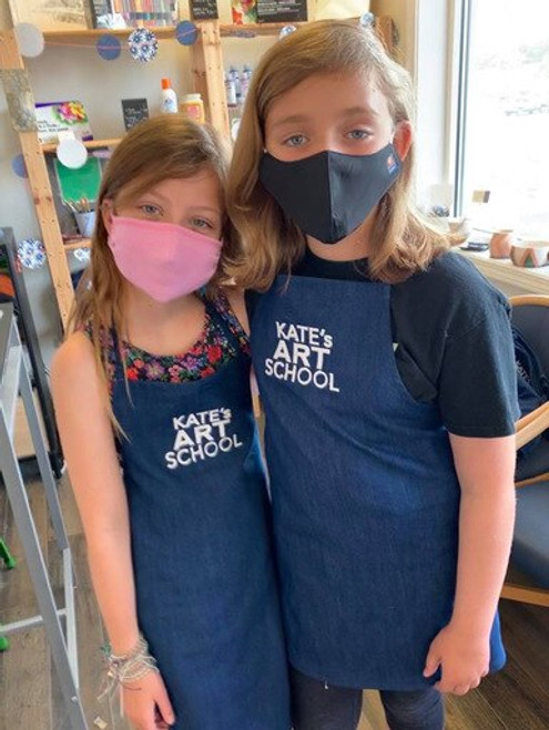 Kate's Adjustable Large Apron (fits 9-12 year old)