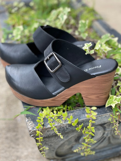 Stepping Out Black Clogs