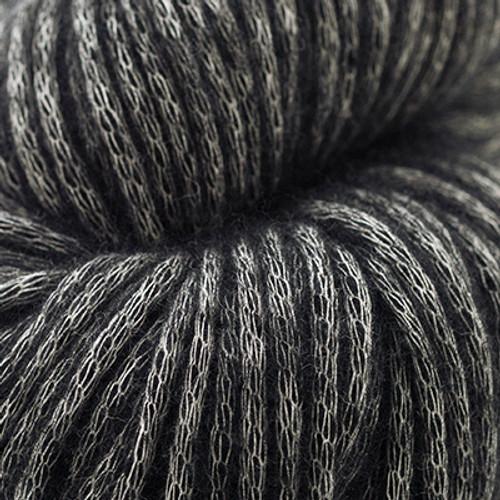 Woolfolk Luft Yarn L06 Black-0