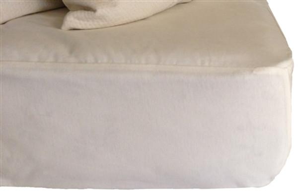 Little Lamb Organic Cotton Waterproof Mattress Protector|suite sleep, little lamb, mattress protectors, waterproof, organic, cotton, twin, full