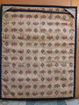 Quilt Back showing hanger included