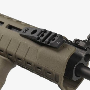 Magpul M-LOK Cantilever Rail Light Mount (MAG587-BLK)