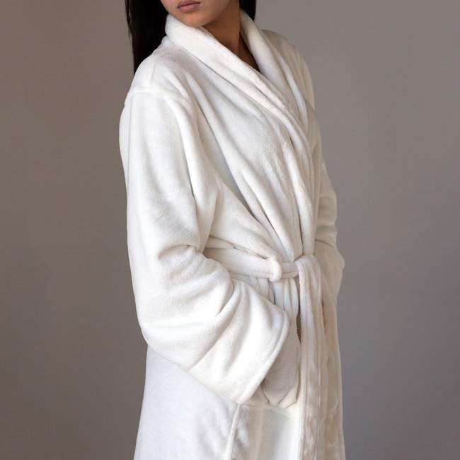 Mansfield Dream Robe