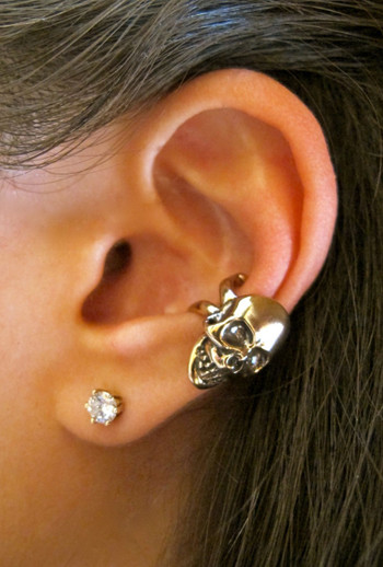 Skull Ear Cuff - Bronze