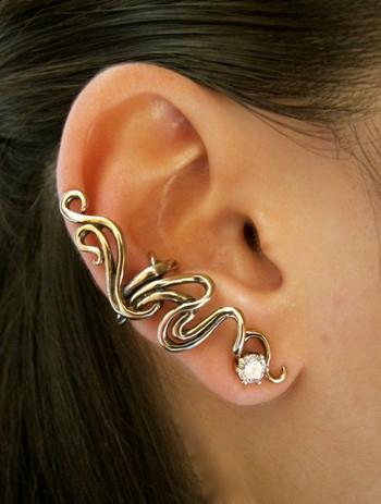 Spiro Ear Cuff in Bronze