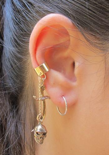 Skull and Scimitar Ear Cuff Bronze