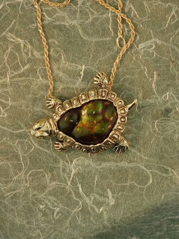18k gold and fire agate turtle