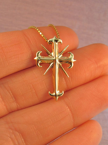 14k Gold Gothic Cross Pendant